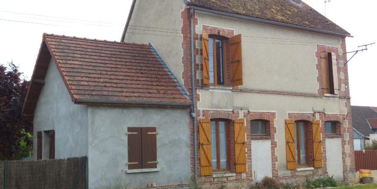 998 façade